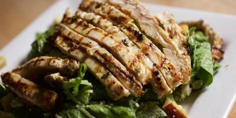 S4 - Salade_de_poulet_grille